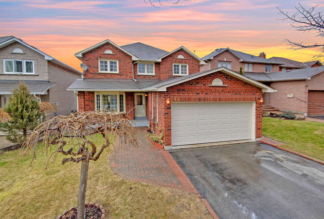 421 Lavas Rd, Newmarket ON – The Cohen Team – Photographers for Real Estate