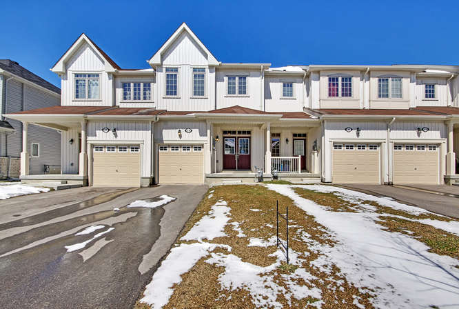 29 Pearcey Cres, Barrie ON – Real Estate Photographers in Simcoe County