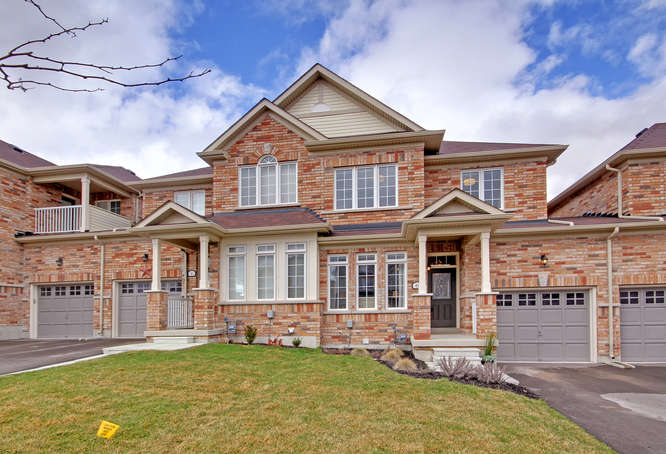 6 Grey Wing Ave, Georgina ON – High End Real Estate Photography in GTA