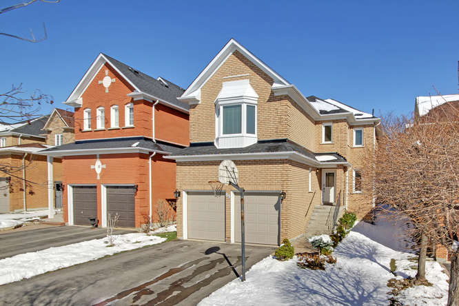 89 Foxtail Ridge, Newmarket ON  – Photography for Real Estate in York Region