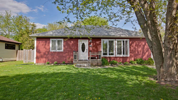 57 Howard Rd Newmarket ON L3Y-small-001-25-IMG 7763SSVPhoto-666x444-72dpi