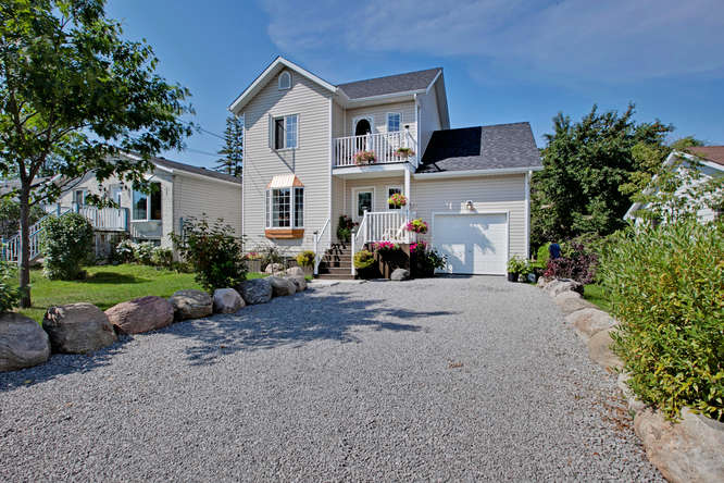840 Montsell Ave, Willow Beach ON