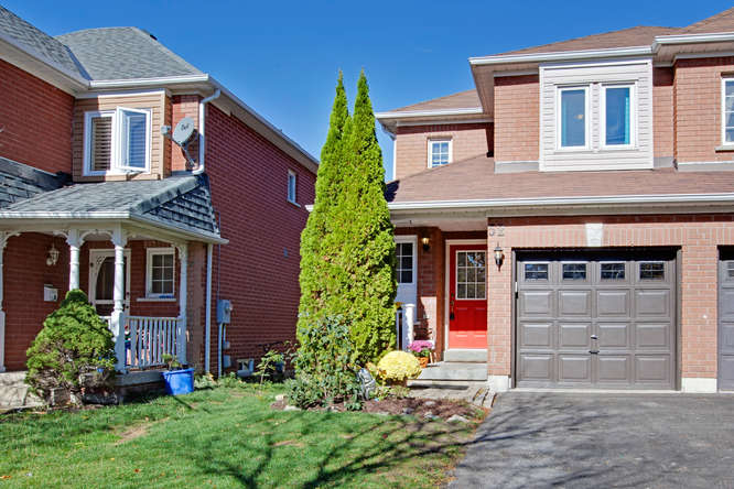 52 Mugford Road, Aurora ON – Photographers for Real Estate