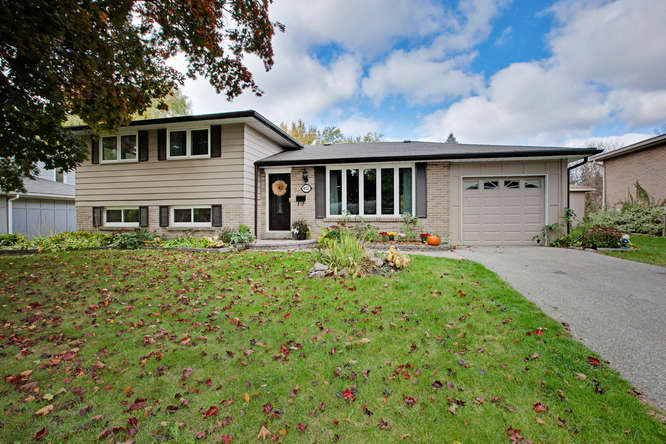 957 Lemar Rd, Newmarket ON – Photographers for Real Estate in Newmarket
