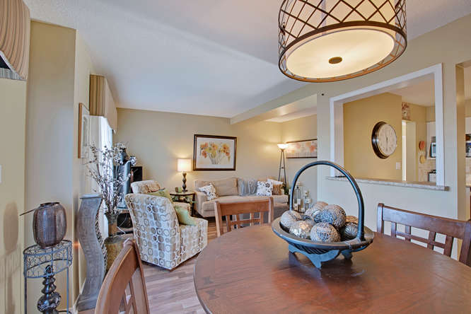 69 William Curtis Circle, Newmarket ON  – Real Estate Photographers in newmarket
