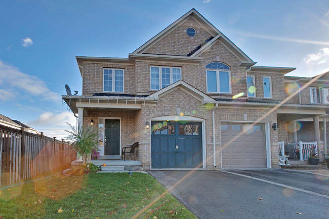 7 Lake Crescent, Barrie ON – Photography for Real Estate