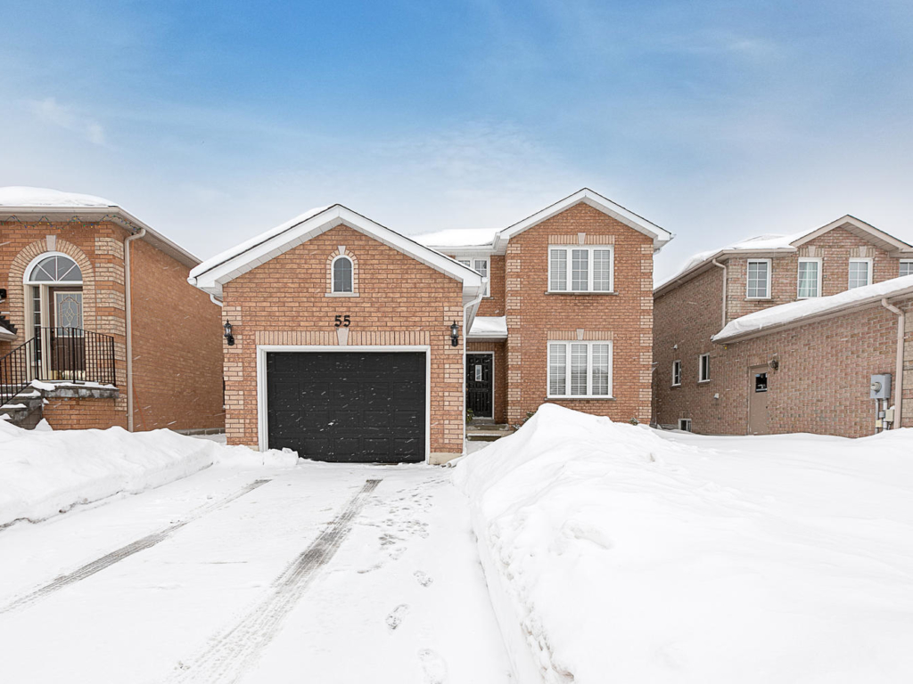 55 Taylor Dr, Barrie ON – Real Estate Photographers in Georgina