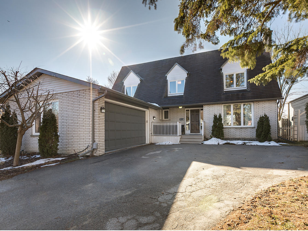 310 Park Ave, Newmarket ON  – Real Estate Photography
