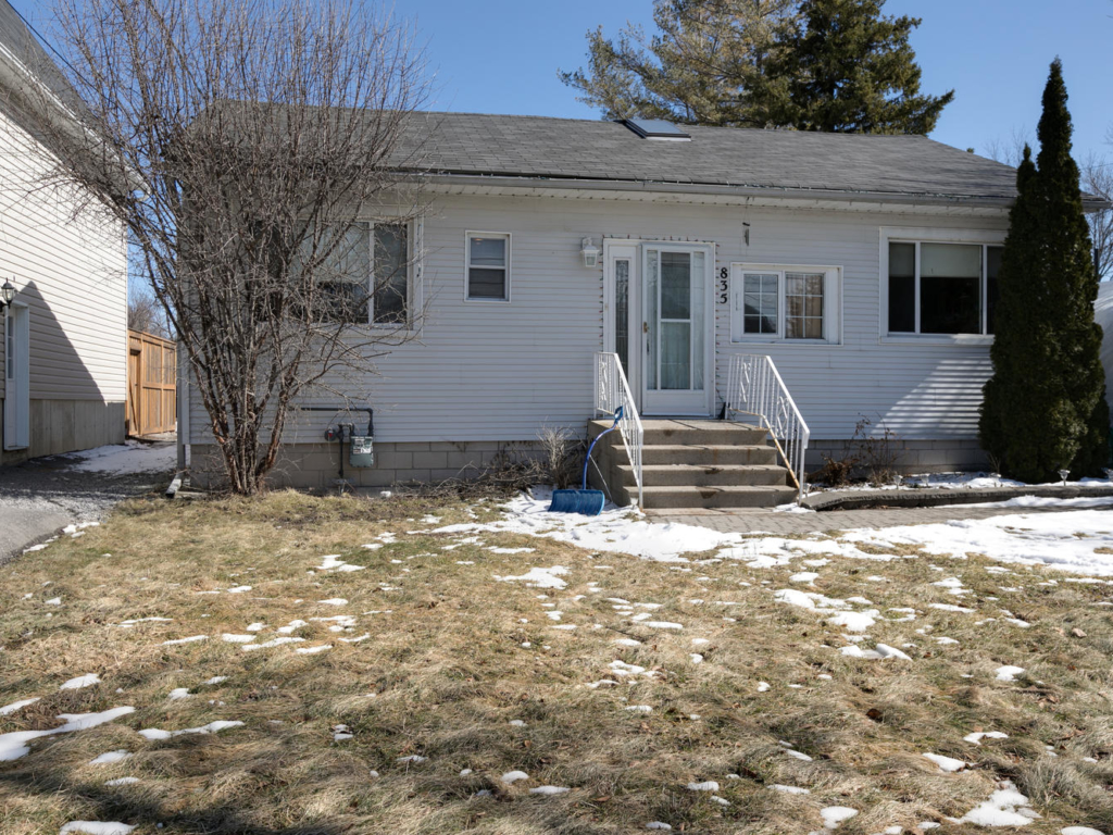 835 Montsell Ave, Georgina ON – Real Estate Photography