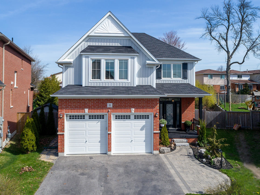 83 Rex Tooley Ln, Courtice ON – Real Estate Photography