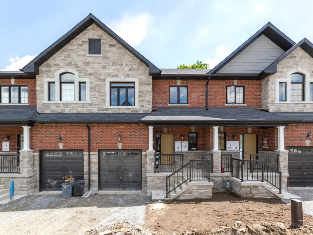 119 Peter St, Holland Landing – Photography for new build projects