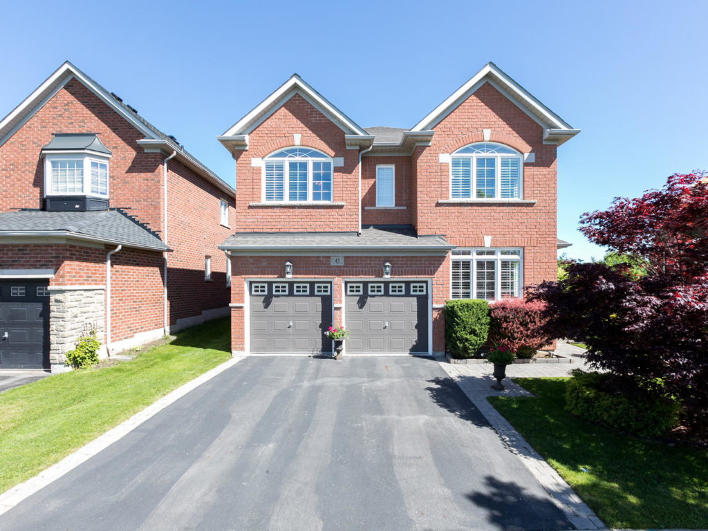 43 O'Hara Crescent, Richmond Hill ON – Real Estate Photography in Richmond Hill
