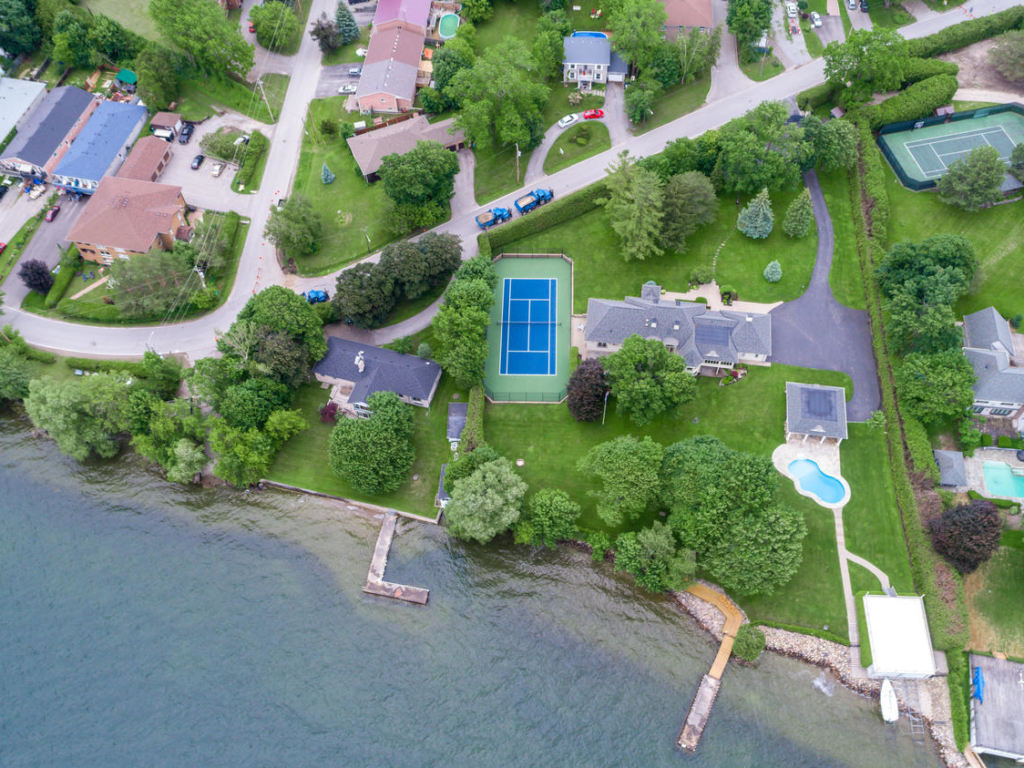 92 Lake Drive North, Keswick ON – Video for Real Estate in Southern Ontario