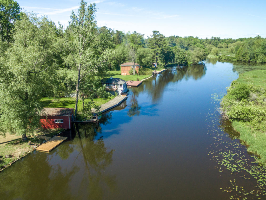 97 Woodriver Bend, Georgina ON – Drone and Real Estate Photography in Georgina
