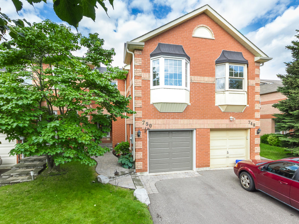 750 Shanahan Blvd, Newmarket ON – Real Estate Photography in Newmarket, Ont
