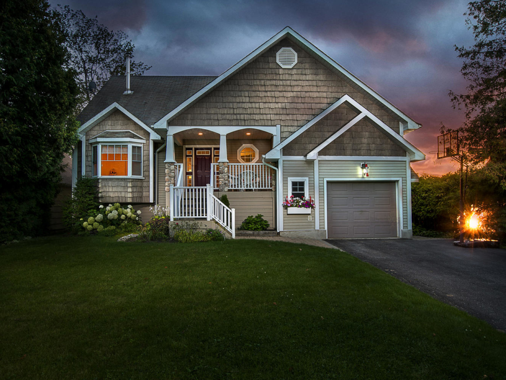 7396 Glen Ellen Dr, Washago ON – Twilight Photography, Drone Video and Real Estate Photography