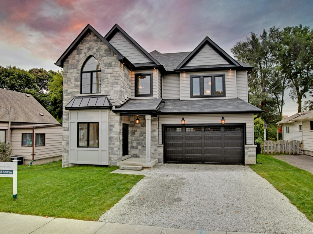 258 Andrew St, Newmarket ON  – Photographers for Luxury Real Estate