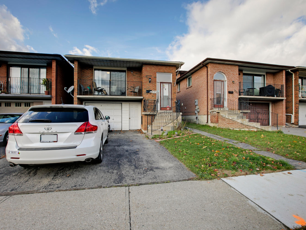 333 Glen Shields Ave, Vaughan ON – Real Estate Photographers in the GTA