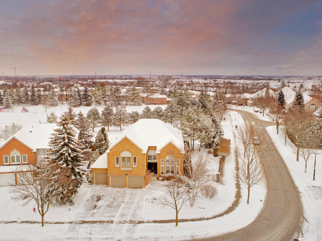 409 McCaffrey Rd, Newmarket ON – Luxury Real Estate Photography