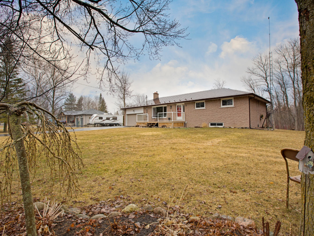 4 York St, East Gwillimbury ON – Photography for Real Estate in York Region