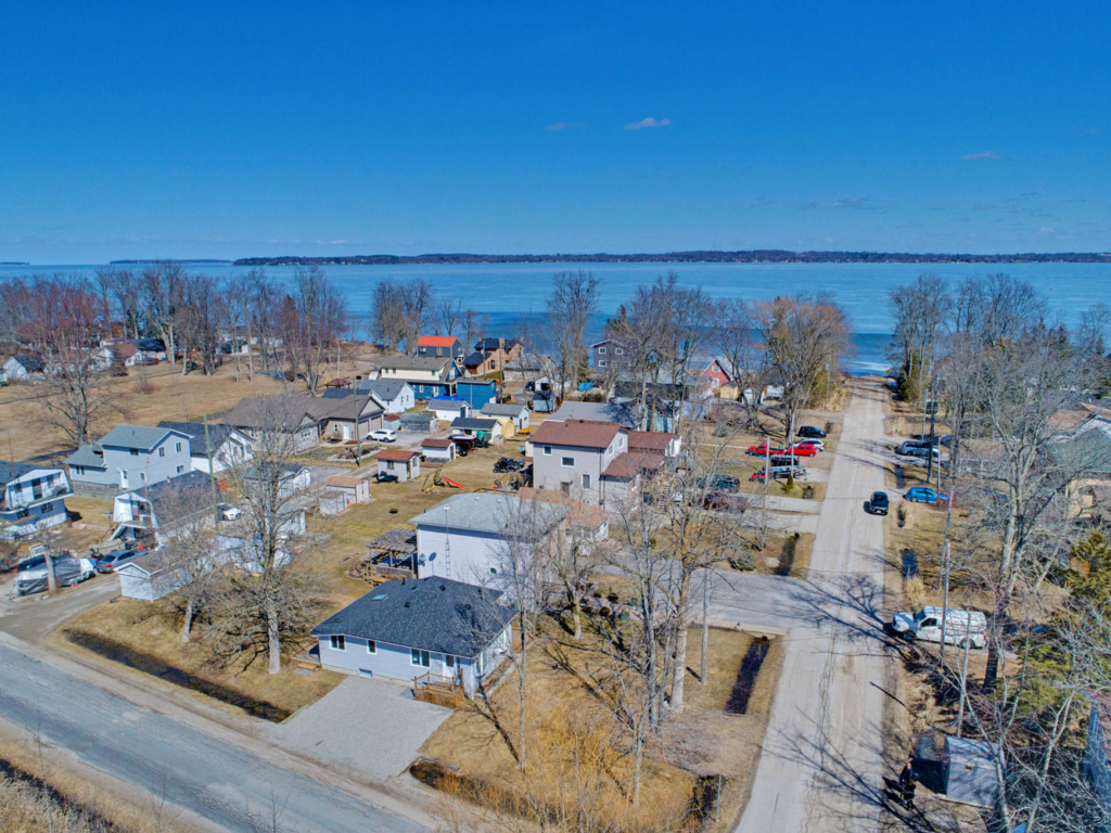 1070 Wood St, Gilford ON – Drone photographers in Southern Ontario