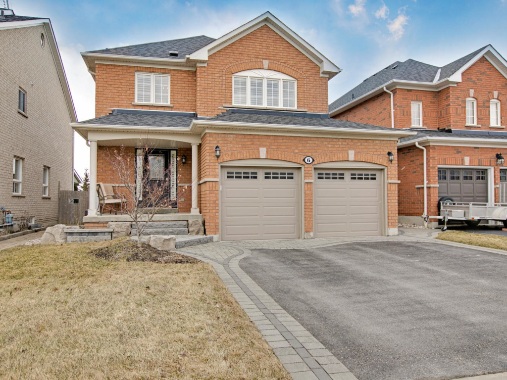 6 Baycliffe Dr, Whitby ON – Photography for Luxury Real Estate in Toronto