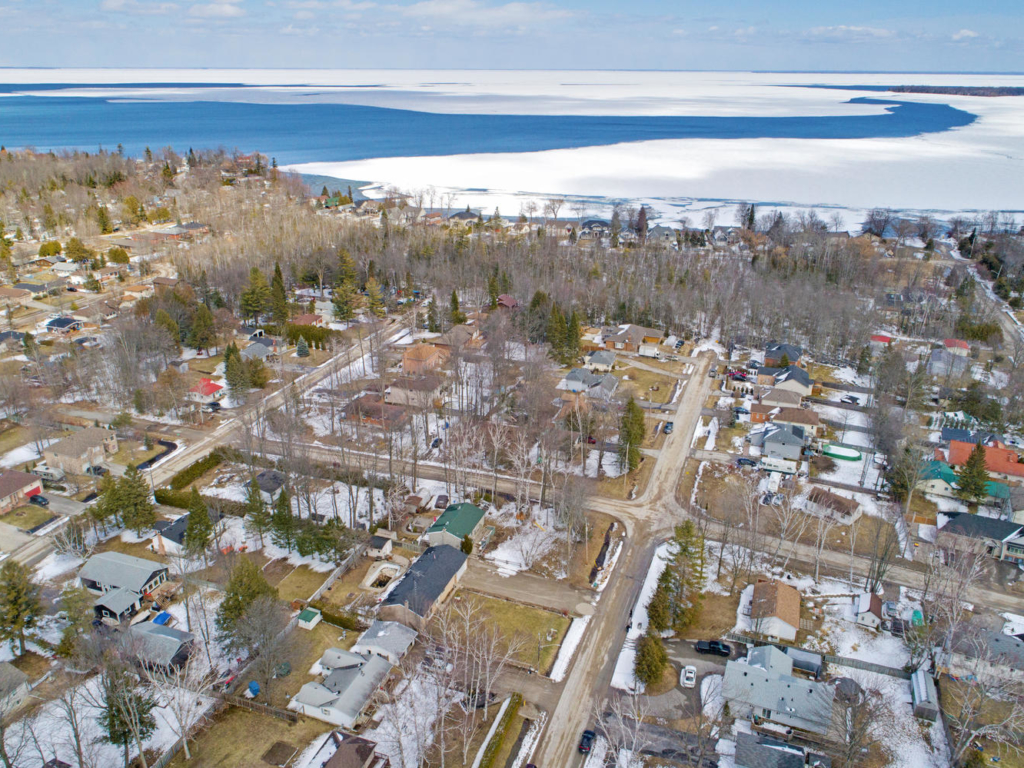 706 James St, Innisfil ON  – Drone Photography for Real Estate in Innisfil and Barrie