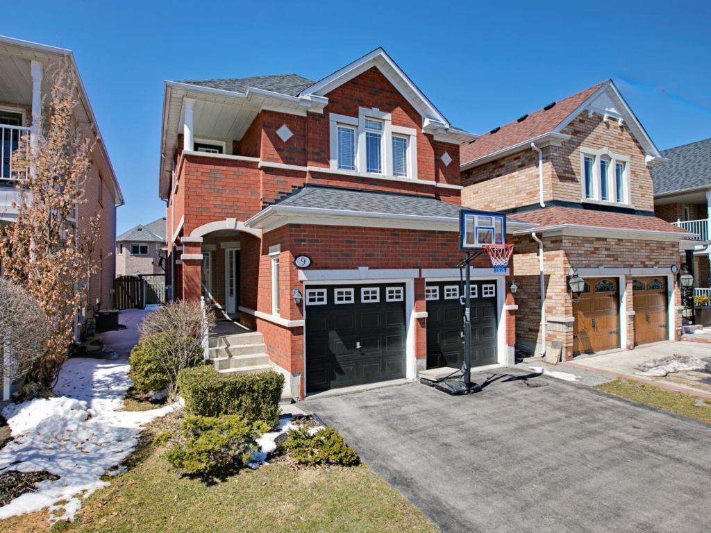 9 Inverhuron St, Richmond Hill ON – Luxury Real Estate Photography