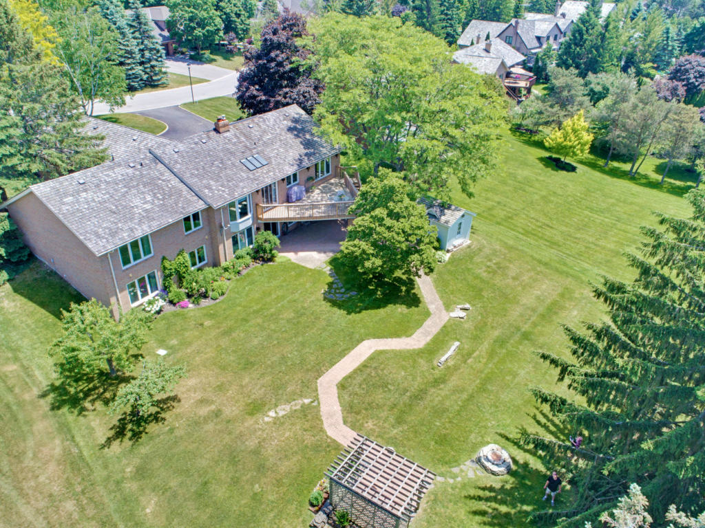 102 Curtis Crescent, King City ON – Luxury Real Estate Photographers