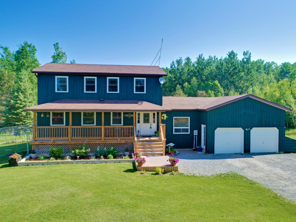 25235 Valleyview Rd, Georgina ON – Drone photography for Real Estate