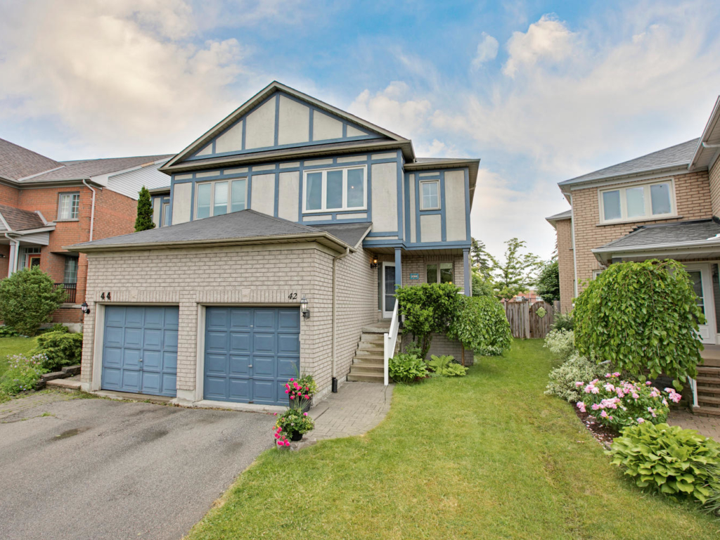 42 Primeau Dr, Aurora ON – Photography for Real Estate in Aurora