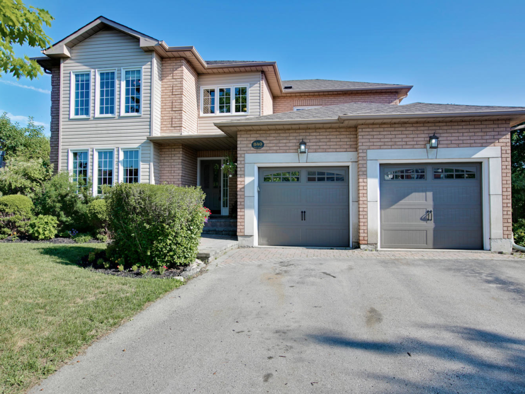 840 Best Cir, Newmarket ON  – Rela Estate Photography in Newmarket