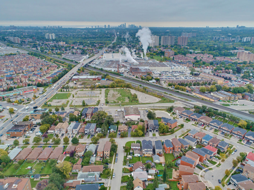 10 Plainfield Rd, Toronto ON – Drone photographers