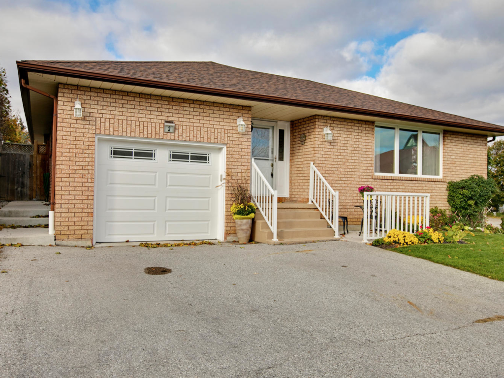 2 Carrington Pl, Bradford West Gwillimbury ON  – Photography for Real Estate