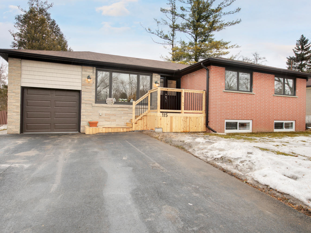 115 Park Ave, Newmarket ON – Floorplans and real estate photography