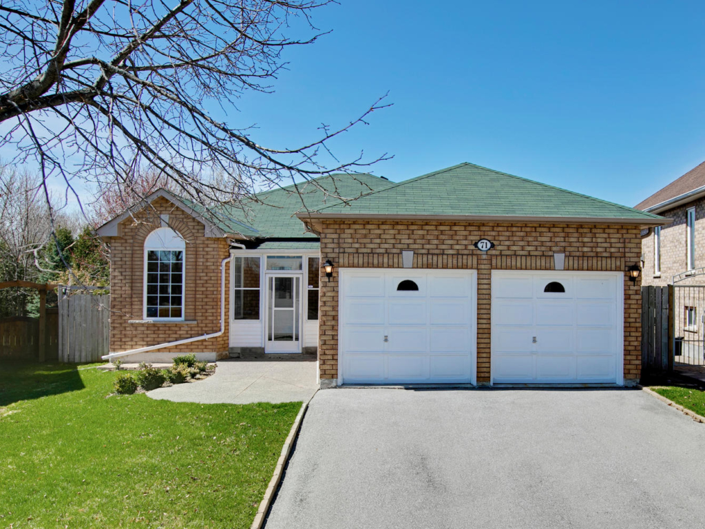 71 Canoe Ct, Richmond Hill ON – Real Estate Photography in Richmond Hill