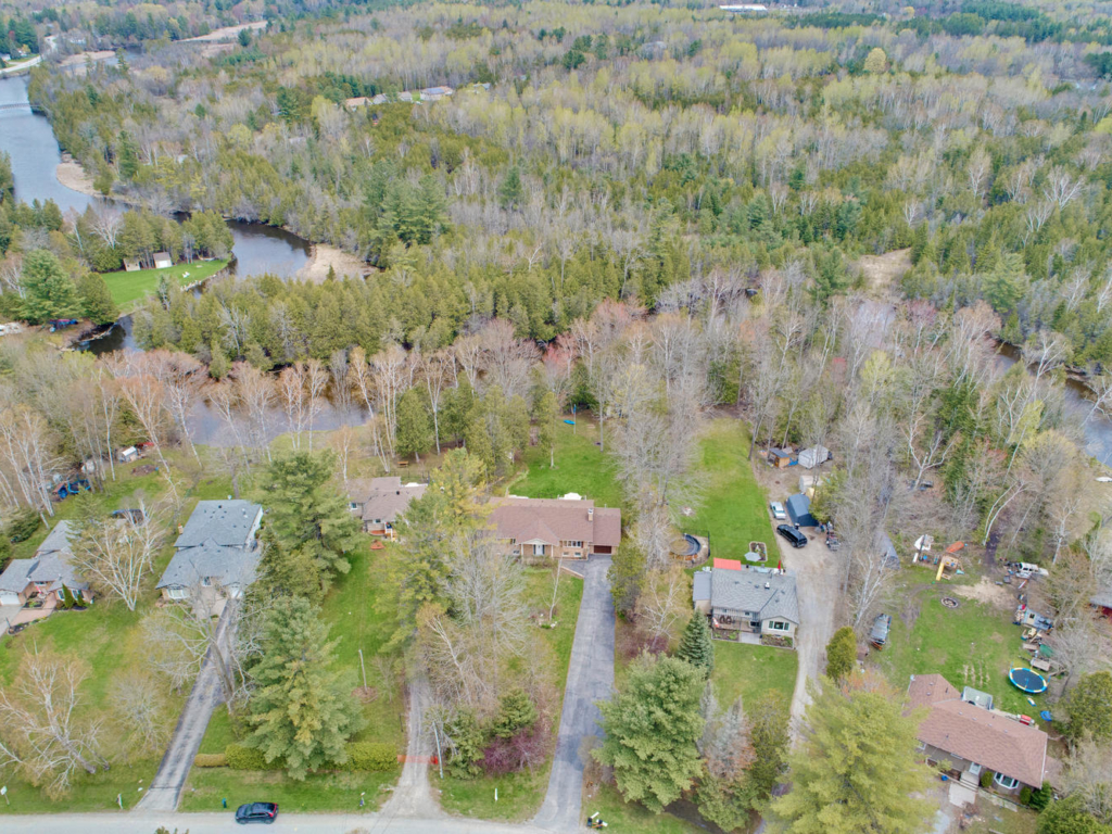 127 Pinecrest Rd, Georgina ON – Drone photographers in Southern Ontario