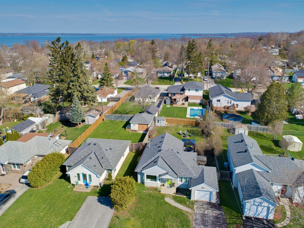 290 Hollywood Dr, Georgina ON – Drone for Real EState