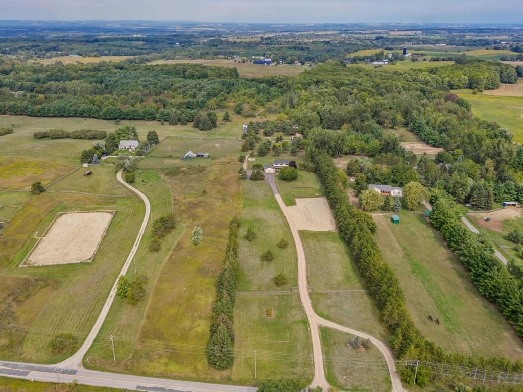 164 2 Line, New Tecumseth ON – Drone and Video for Real Estate