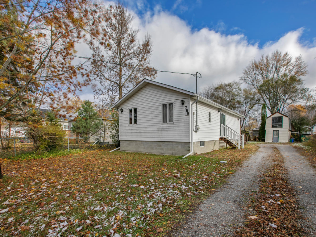 69 Sedore Ave, Willow Beach ON – Video for Real Estate