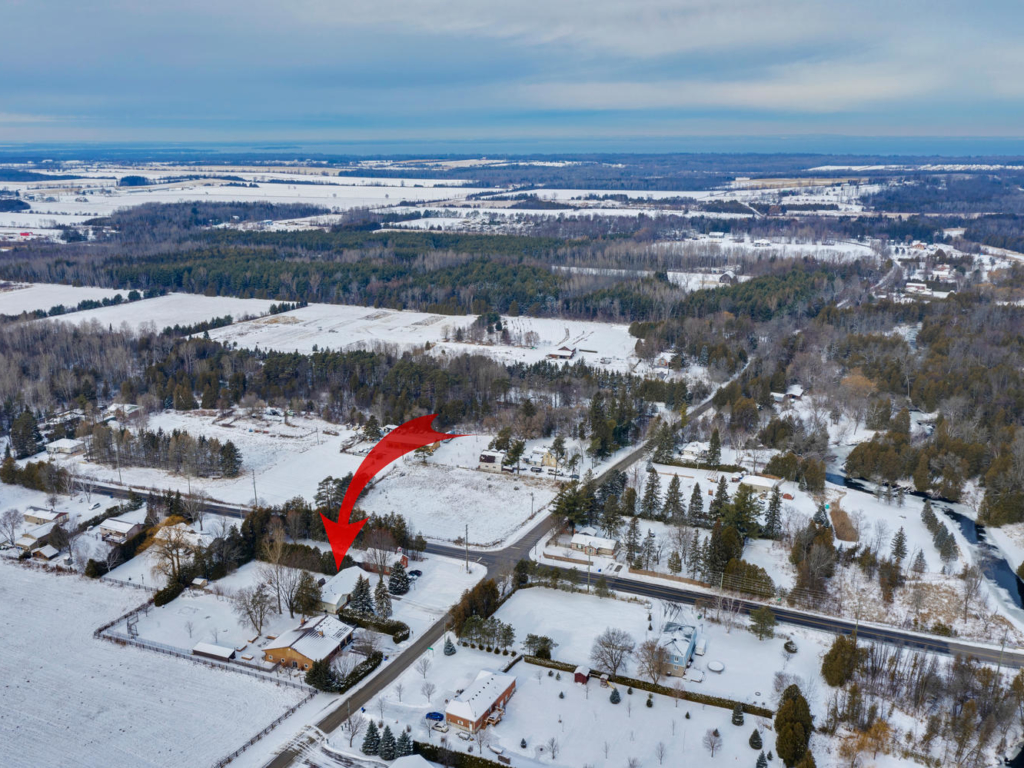 579 Catering Rd, Georgina ON – Hanna Gillis – Drone for Real Estate