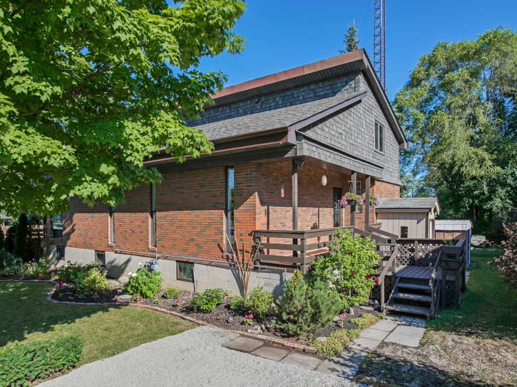 330 Winnifred Dr, Georgina – Drone, video and real estate photography