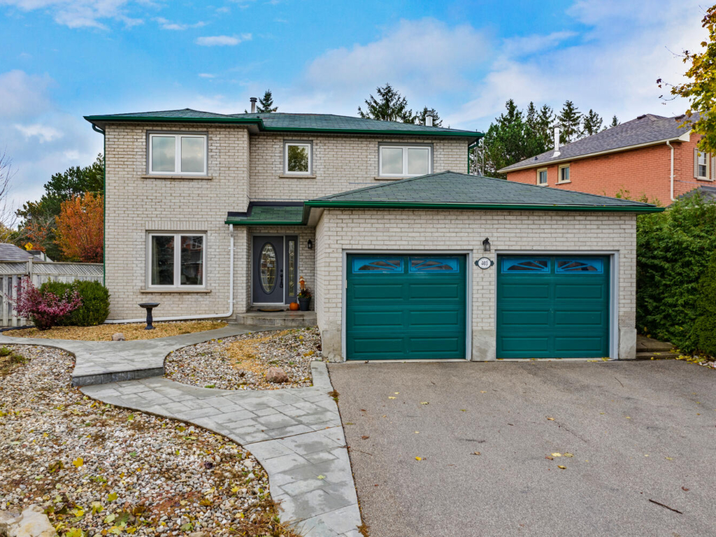 403 Waratah Ave, Newmarket ON – Drone for Real Estate