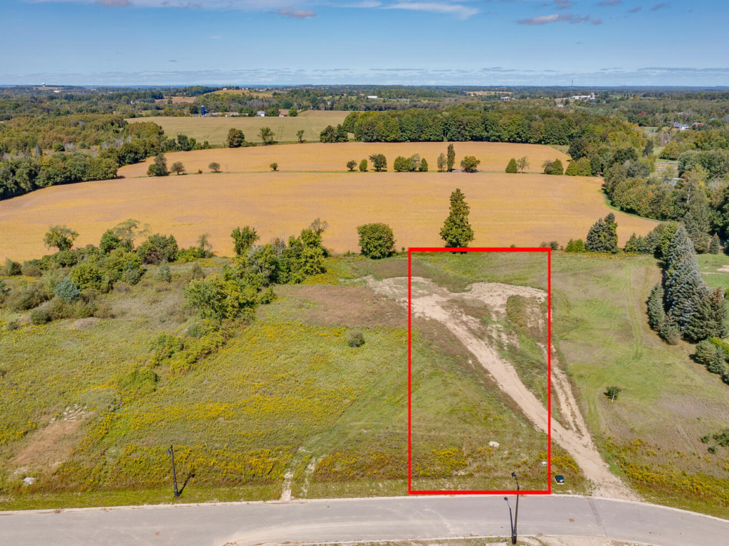 18 Peter Schneider Dr, East Gwillimbury ON – Drone for Real Estate